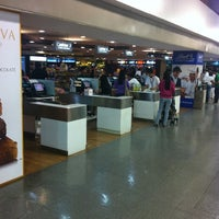 Photo taken at Duty Free Philippines by Kotse I. on 3/27/2012