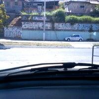 Photo taken at ESTACIONAMENTO (Academia Gavioes) by Josias J. on 8/22/2012
