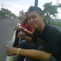 Photo taken at Jogging Track Benteng Pancasila by Zai C. on 4/30/2012