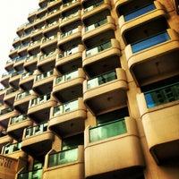 3/9/2012 tarihinde Shakibziyaretçi tarafından Hilton Dubai Jumeirah'de çekilen fotoğraf