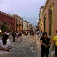 Foto tomada en Andador Turístico por Lalo R. el 8/2/2012