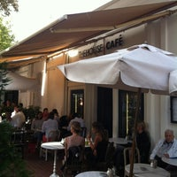 Foto tirada no(a) The House Café por Pedro C. em 9/3/2012
