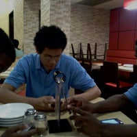 Photo taken at Pizza Hut by Joel D. on 7/12/2012