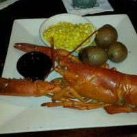 รูปภาพถ่ายที่ Reilley's Grill & Bar โดย Cristiana Y. เมื่อ 8/7/2012
