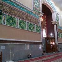 Photo taken at Masjid Agung Al-Makmur by Isa A. on 7/24/2012