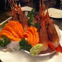 Photo taken at Nijyumaru 二重丸 by Sharon Y. on 2/26/2012