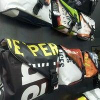 Foto tomada en Vaho Trashion Baggage por Mariano P. el 7/13/2012