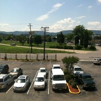 Photo taken at La Quinta Inn Chattanooga by Nic D. on 6/5/2012