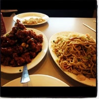 Photo taken at Frank & Yuen's Chinese Restaurant by Danyelle Annette on 9/1/2012