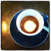 Das Foto wurde bei Chye Seng Huat Hardware Coffee Bar von Jackie T. am 8/29/2012 aufgenommen