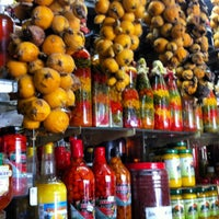 Foto tirada no(a) Mercado Central por Andrea F. em 8/10/2012