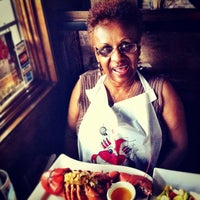 Photo taken at River House Grille by L. A. N. on 6/25/2012