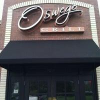 Das Foto wurde bei Oswego Grill von Justin K. am 4/25/2012 aufgenommen