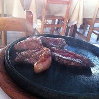 Photo taken at Restaurante do Zé by Thiago R. on 2/22/2012