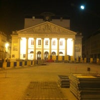 3/29/2012 tarihinde Jennifer D.ziyaretçi tarafından Muntplein / Place de la Monnaie'de çekilen fotoğraf