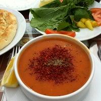 2/22/2012 tarihinde Botan G.ziyaretçi tarafından Eski Köy Restaurant'de çekilen fotoğraf