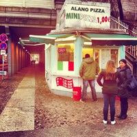 Das Foto wurde bei Alano Pizza Mini Pizza von TechnoKai am 2/28/2012 aufgenommen
