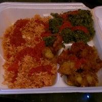 Photo prise au Wasota African Cuisine par Drew W. le8/23/2012