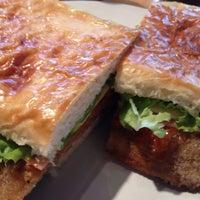 Foto tomada en Panaderia La Victoria por Pablo d. el 3/29/2012