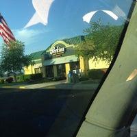 Foto tirada no(a) Perkins Restaurant & Bakery por Brandon em 7/22/2012