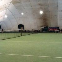 Photo taken at Tennis Asbid by Danilo Z. on 3/11/2012