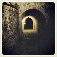 Foto diambil di Castello di Zavattarello oleh Sara F. pada 8/16/2012
