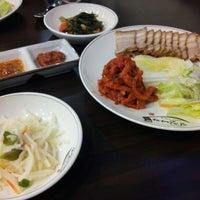 Photo taken at 진진바라 by Yongseok G. on 9/5/2012
