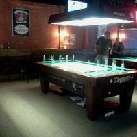Photo prise au Q Sports Bar & Grill par Todd M. le6/10/2012