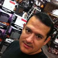 Photo taken at Guitar Center by José Adrián M. on 6/23/2012