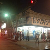 Photo taken at Farmacia Santa Cruz by Argelia G. on 9/1/2012