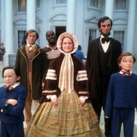 Photo taken at Abraham Lincoln Presidential Museum by Eddie G. on 6/27/2012