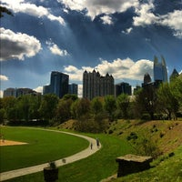 Photo taken at Piedmont Park Active Oval by Jonathan E. on 3/25/2012