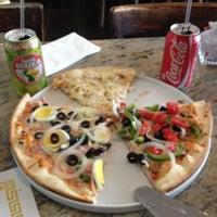 Photo taken at Bella Vista Brazilian Gourmet Pizza by Dâmaris K. on 5/2/2012