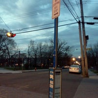 Photo taken at the bee-line system Bus Stop - Park Av & High St (2) by Trevor L. on 3/24/2012