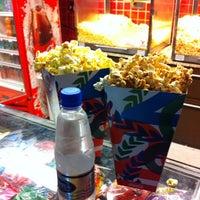 Foto tirada no(a) GNC Cinemas por Cid T. em 7/14/2012