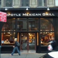 Photo taken at Chipotle Mexican Grill by Franklin D. on 5/2/2012