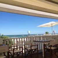 Foto scattata a Maré | cucina caffè spiaggia bottega da Marco il 6/27/2012