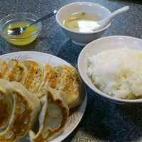 Photo taken at 天鴻餃子房 飯田橋店 by 440 3. on 3/19/2012