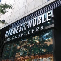 Photo taken at Barnes & Noble by Francois D. on 9/1/2012