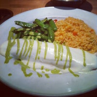 Photo taken at Cantina Laredo by Demi on 5/21/2012