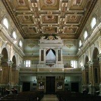 Photo taken at Basilica di San Nicola by Lorenzo A. on 9/10/2012
