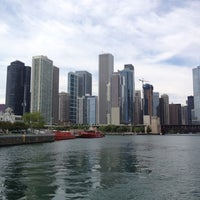 Photo prise au Chicago Architecture Foundation River Cruise par Shari G. le8/8/2012