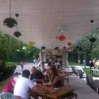 Снимок сделан в Кафе «Гараж» пользователем Mari T. 7/22/2012