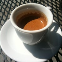 Photo taken at Peet's Coffee & Tea by talays on 7/27/2012