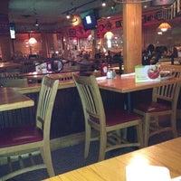 Photo taken at Applebee's Neighborhood Grill & Bar by Sammy S. on 4/6/2012