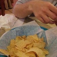 Foto tomada en La Parrilla Mexican Restaurant por Chadwick S. el 9/7/2012