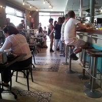 Foto tomada en Mucci's por Irene C. el 9/13/2012