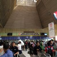 Photo taken at Stasiun Tanah Abang by Tri Rachman B. on 5/21/2012