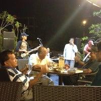 Photo taken at Bangi Kopitiam by Afif R. on 5/22/2012