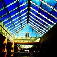 Foto tomada en Queens Center Mall por DjMLUV el 9/1/2012